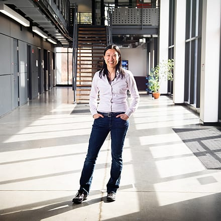 Jennifer Kuk, Professor
